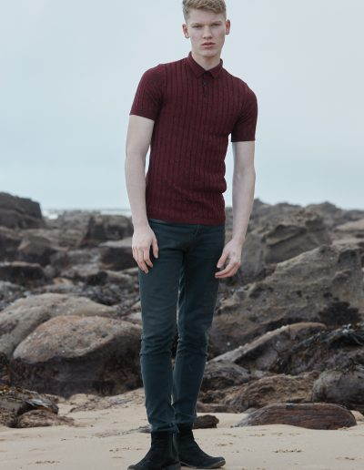 male-beach-maroon